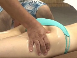 Beautiful Wife In Bikini Experiences Slimy Oil and Fucks Masseuse Mei-028 2