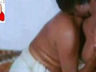 Mallu aunty nude sex with young guy