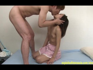 Petite Jav Teen In Fake Trance Does Deep Throat And Fucked With Weird Stare
