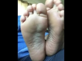 gorgeous meaty soles of tinder date
