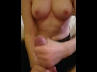 Tinder date with epic boobs finishes me off with nice cumshot