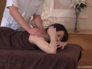 BIG TITS BUSTY ASIAN MILF ENJOYS A SEDUCTIVE MASSAGE - JAPANESE MILF PORN